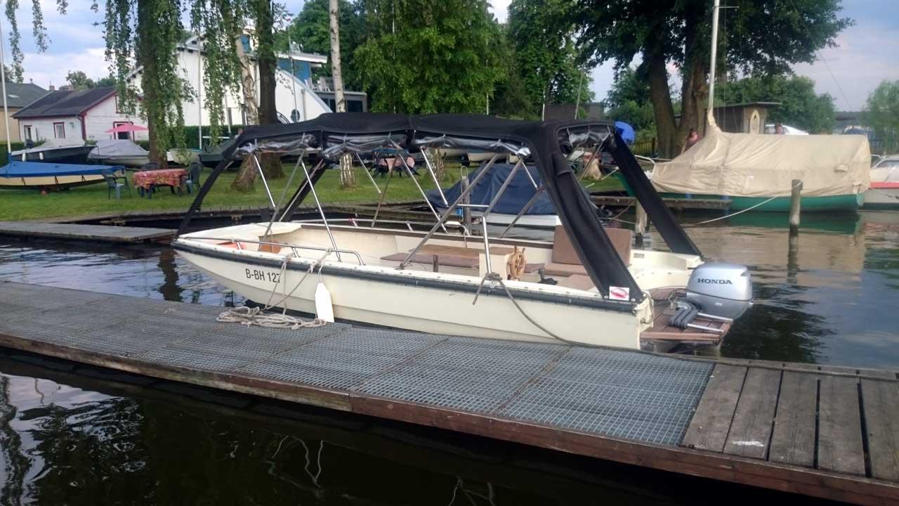 Boot mieten Berlin - NVA Landungsboot