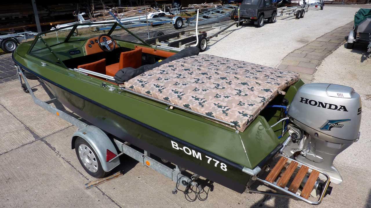 Boot mieten Berlin - Motorboot Lotos 2 - Führerscheinpflicht - Bootsverleih Berlin & Bootscharter in Alt-Schmöckwitz