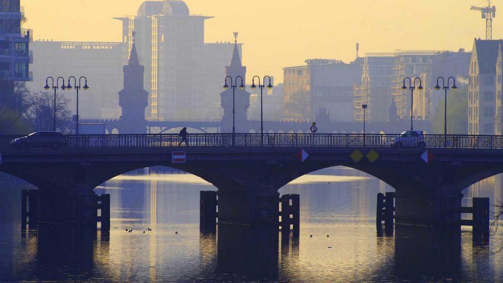 Wasserschutzpolizei Berlin Info zu Corona Regeln beim Wassersport